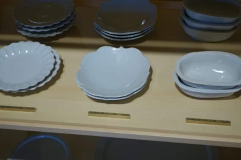 陶芸家・岡晋吾さんがプロデュースした有田製窯の器
