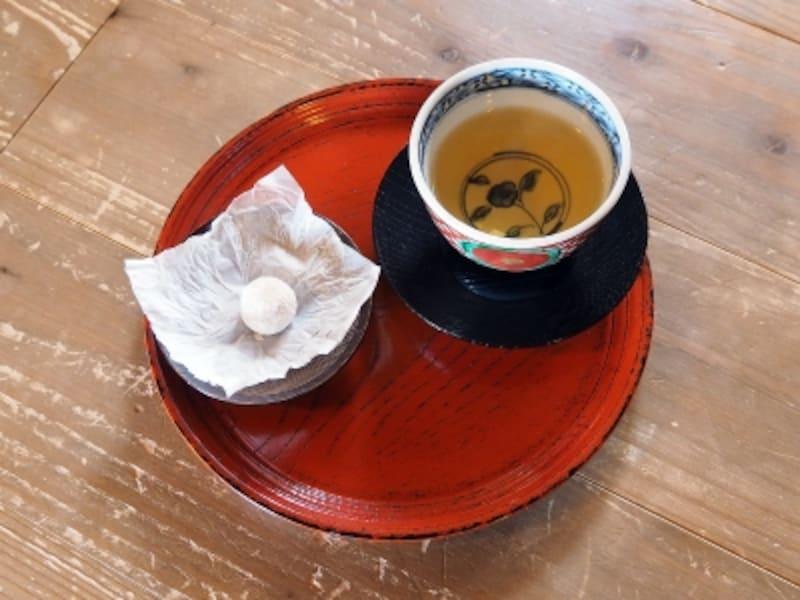 加賀棒茶と干菓子@北大路魯山人の寓居いろは草庵