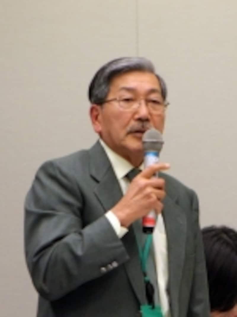 青木貢一氏(獣医師動物との共生を考える連絡会代表)