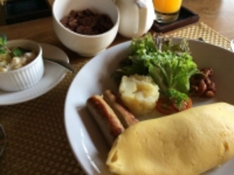 朝食オムレツ