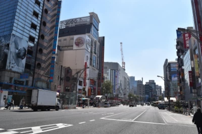 上野広小路の交差点