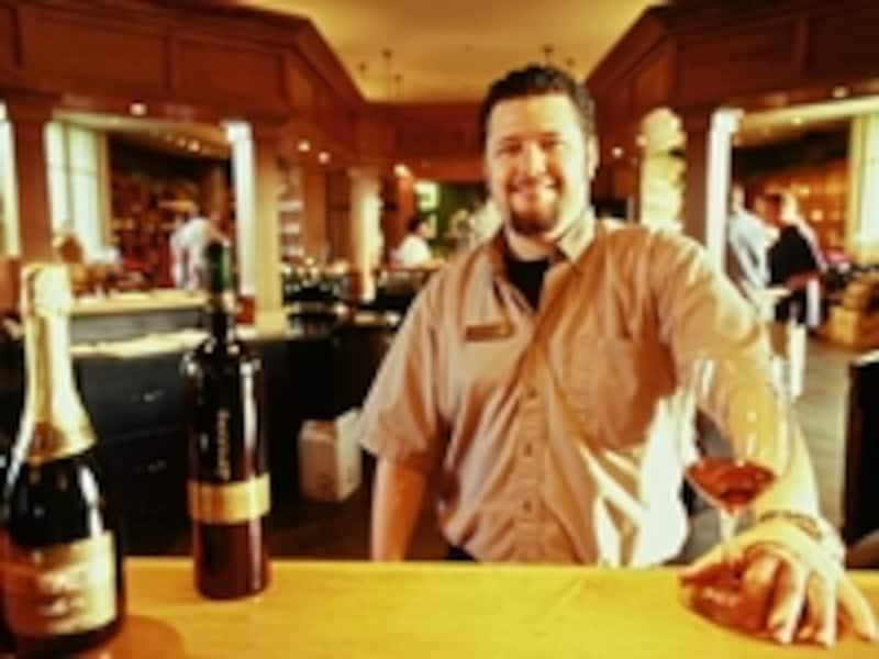 テイスティングで自分好みのワイン探しを。undefined写真提供:オンタリオ州観光局