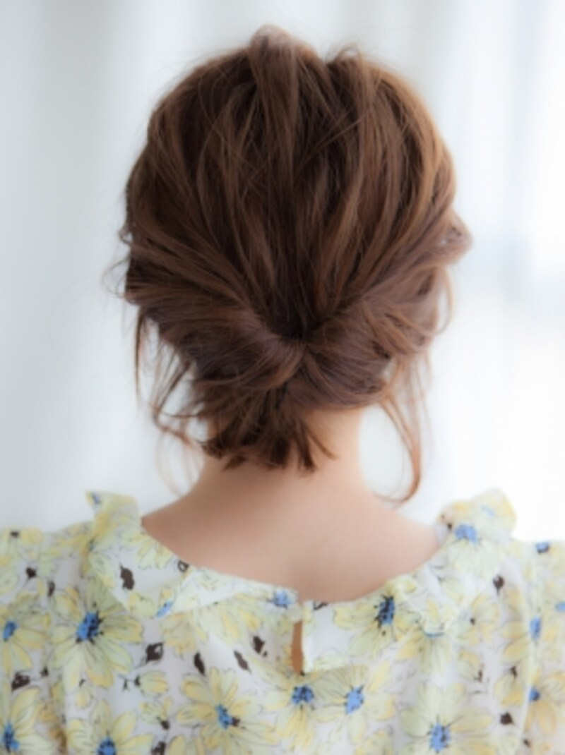 くるりんぱで簡単おしゃれなまとめ髪