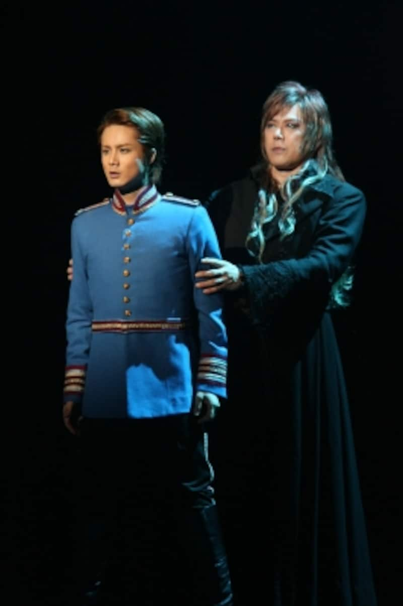 『エリザベート』(2010年公演)写真提供:東宝演劇部