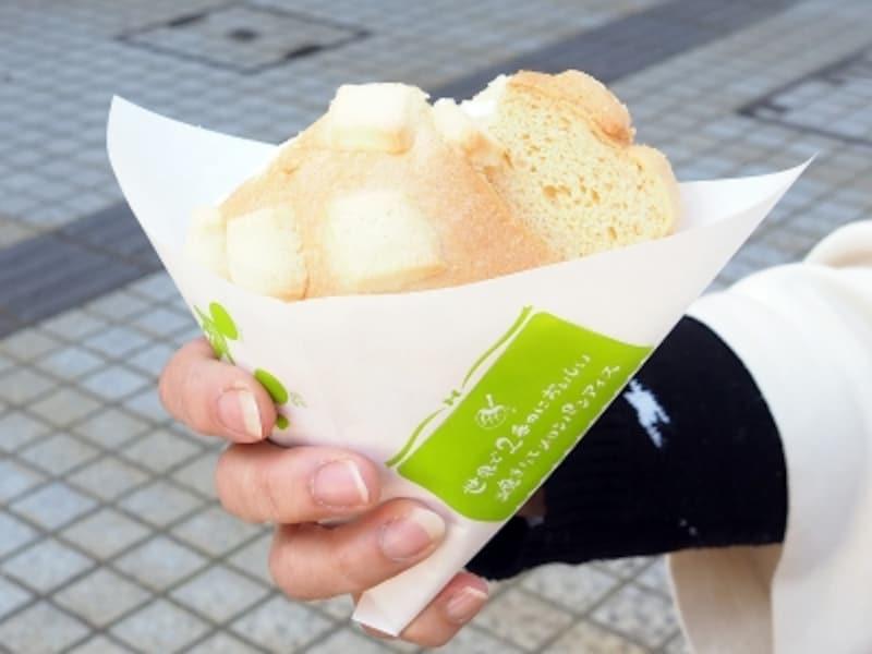メロンパンアイス@世界で2番めにおいしい焼きたてメロンパンアイス