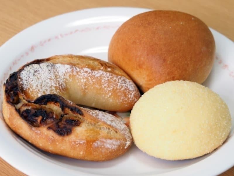 クルミ・ハチミツ・ブルーチーズ、クリームパン、プチ・ムロン・ド・パリ@ブーランジェリー・マシマシ