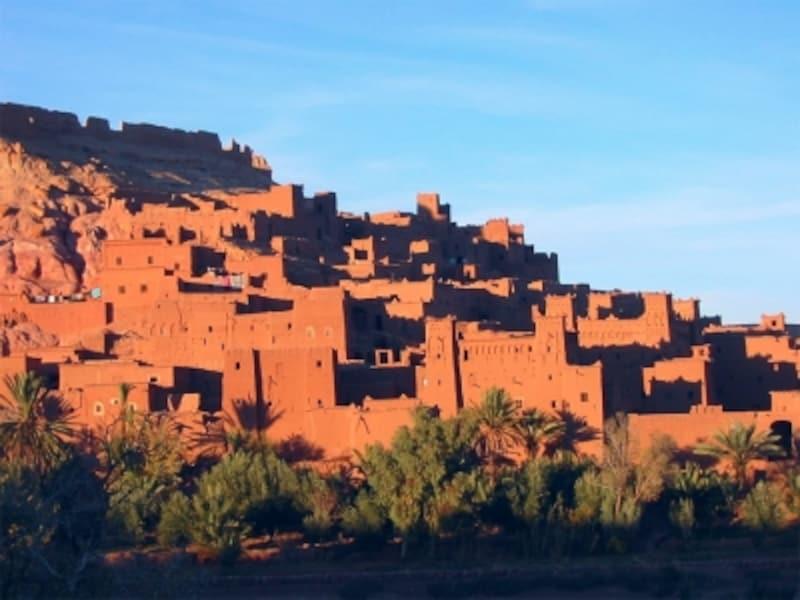 モロッコ/ユネスコの世界遺産に登録されているアイット・ベン・ハドゥの集落の画像(引用:Wikipedia)