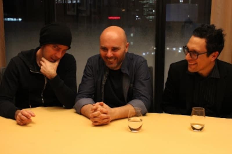冗談を言い合ったり、ふざけたり、仲のよい三人組と言った感じの理想的なトリオ