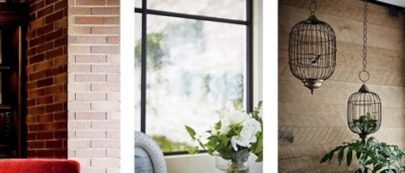 懐かしさを感じさせる赤茶色のブリック、装飾ガラスとアイアンフレーム、無垢の木などを使用。時を経ることで深みを増すのも魅力です