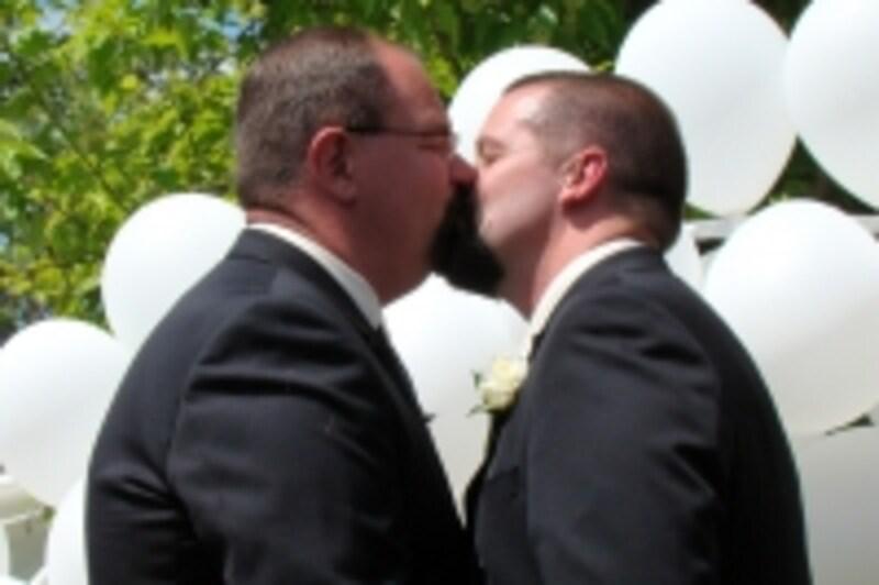 クマ系ゲイの結婚式