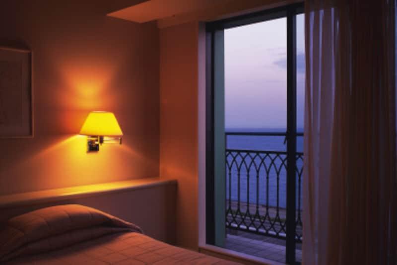 徐々に照明を落とすと眠りに入りやすい