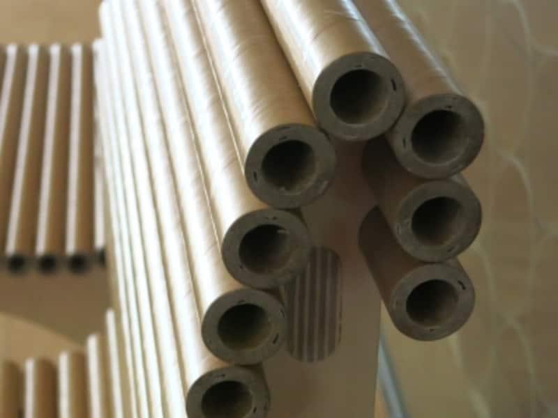 紙管の曲面が美しい椅子2の画像