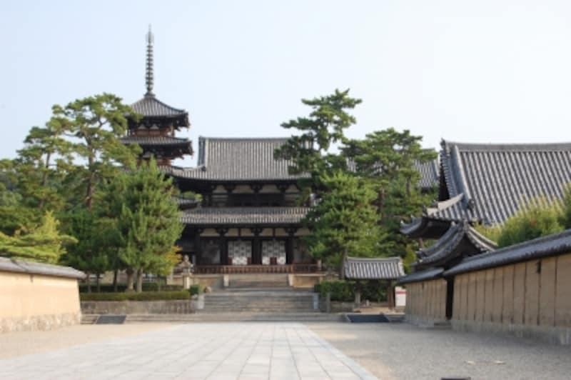 聖徳太子と推古天皇によって建立された法隆寺
