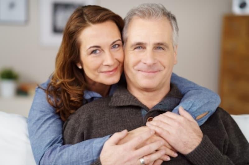 50代の夫を不倫に走らせないポイントは「癒し」と「自信」