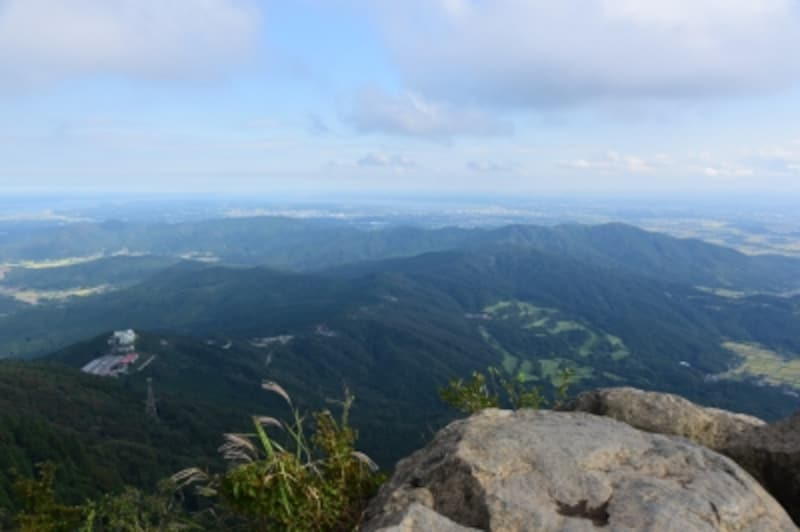 地平線を眺め、地球が丸いのを実感。湖として日本第二位の面積を誇る「霞ヶ浦」も見えます!