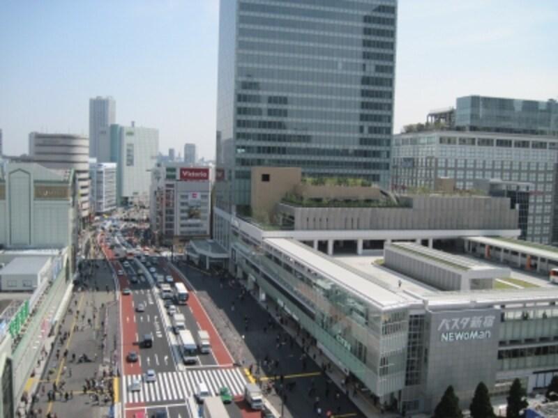 南口のバスタ新宿