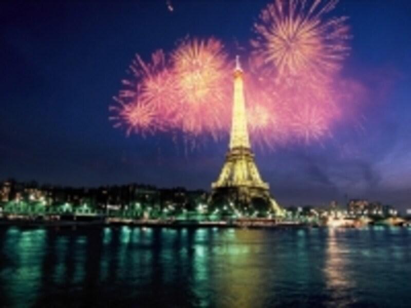 クルーズ船からパリ祭をお祝い