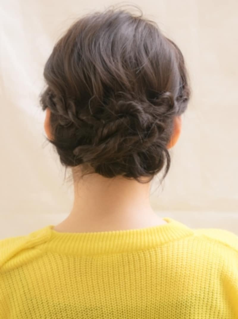 ロープ編みでつくるまとめ髪アレンジ