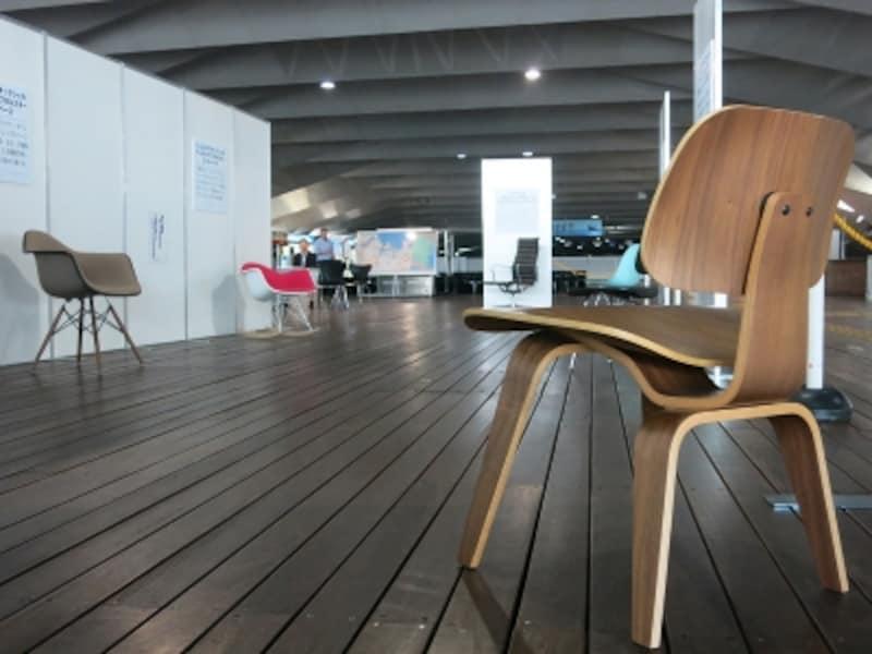 横浜イームズ展風景2の画像