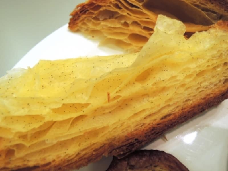 ブリオッシュフイユテは層のあるブリオッシュ