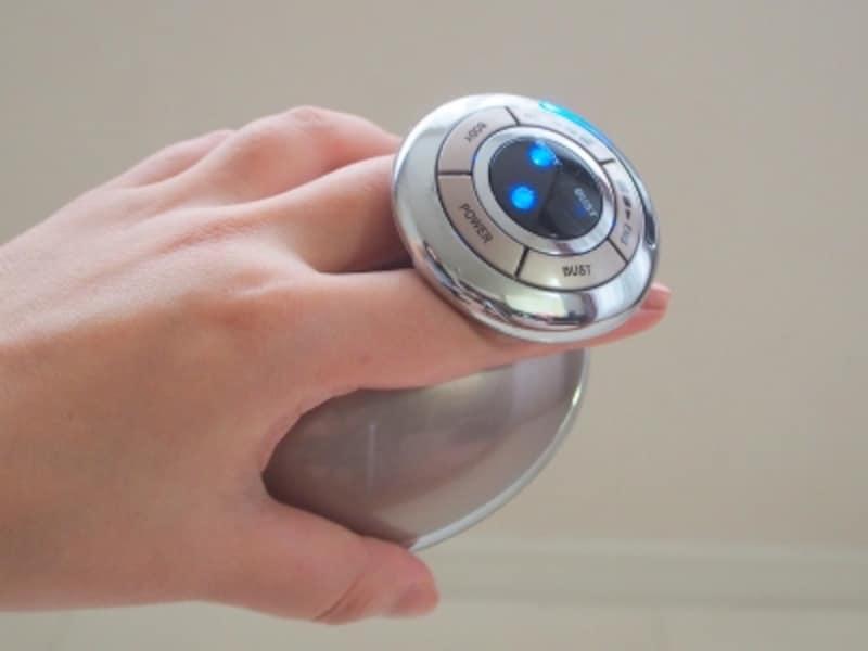 RFとEMSのレベルはボタンを押して変更できます。最初は弱めからスタートしてみて