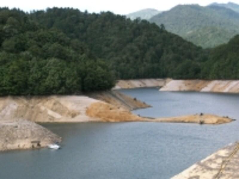利根川水系ダムでは貯水率が過去最低に