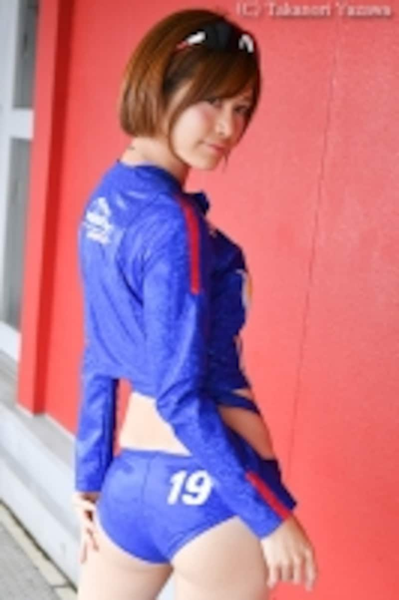 河瀬杏美/2016WedsSportRacingGirls