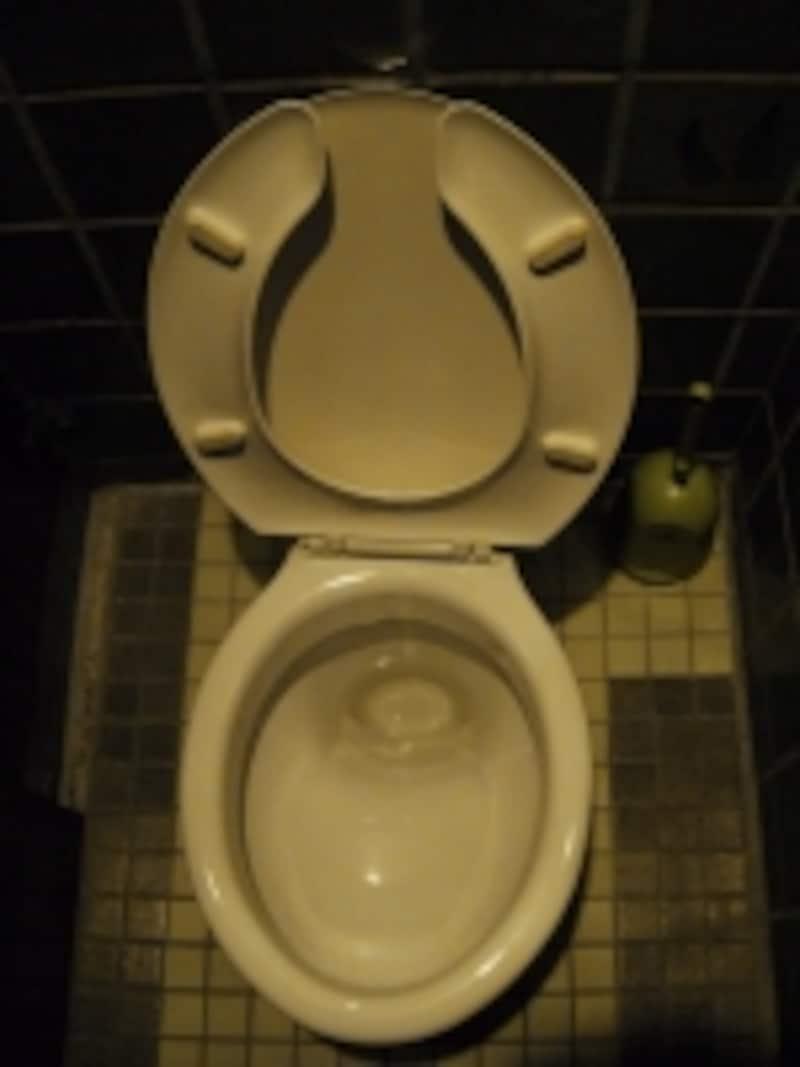 トイレ周りの布モノってどれも悩ましい存在感