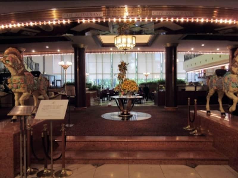 ビュッフェ&カフェレストラン「ナイト&デイ」(ホテル阪急インターナショナル)