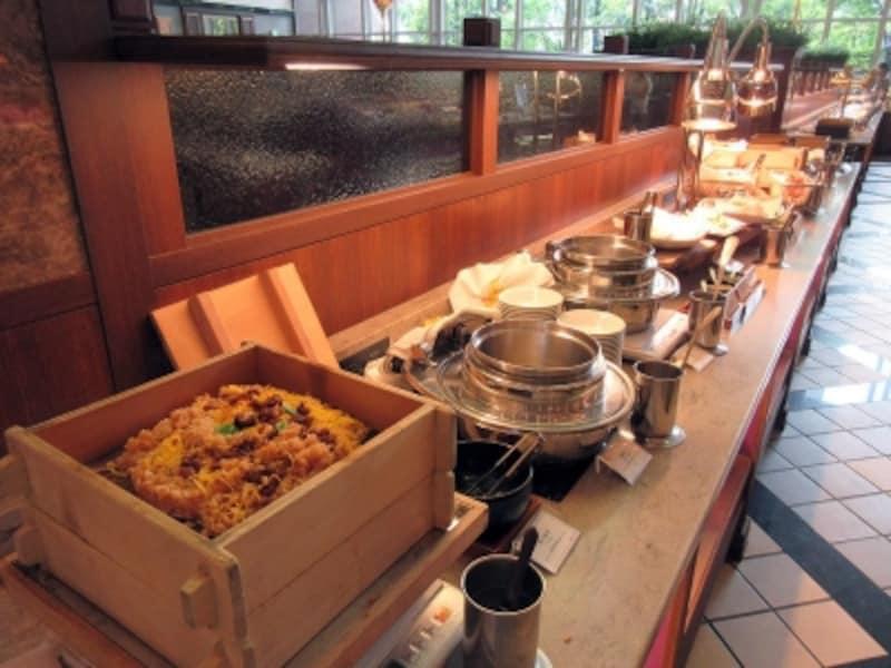 ナイト&デイ温菜のブッフェ台