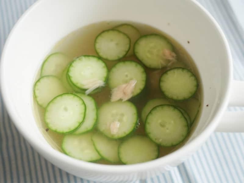 ツナときゅうりの即席スープ