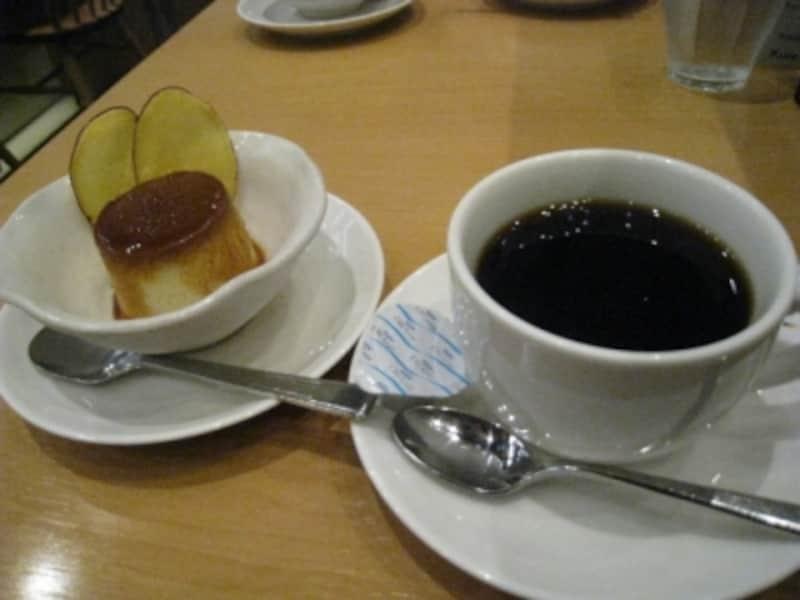 さつまいもプリンをコーヒーと共に。