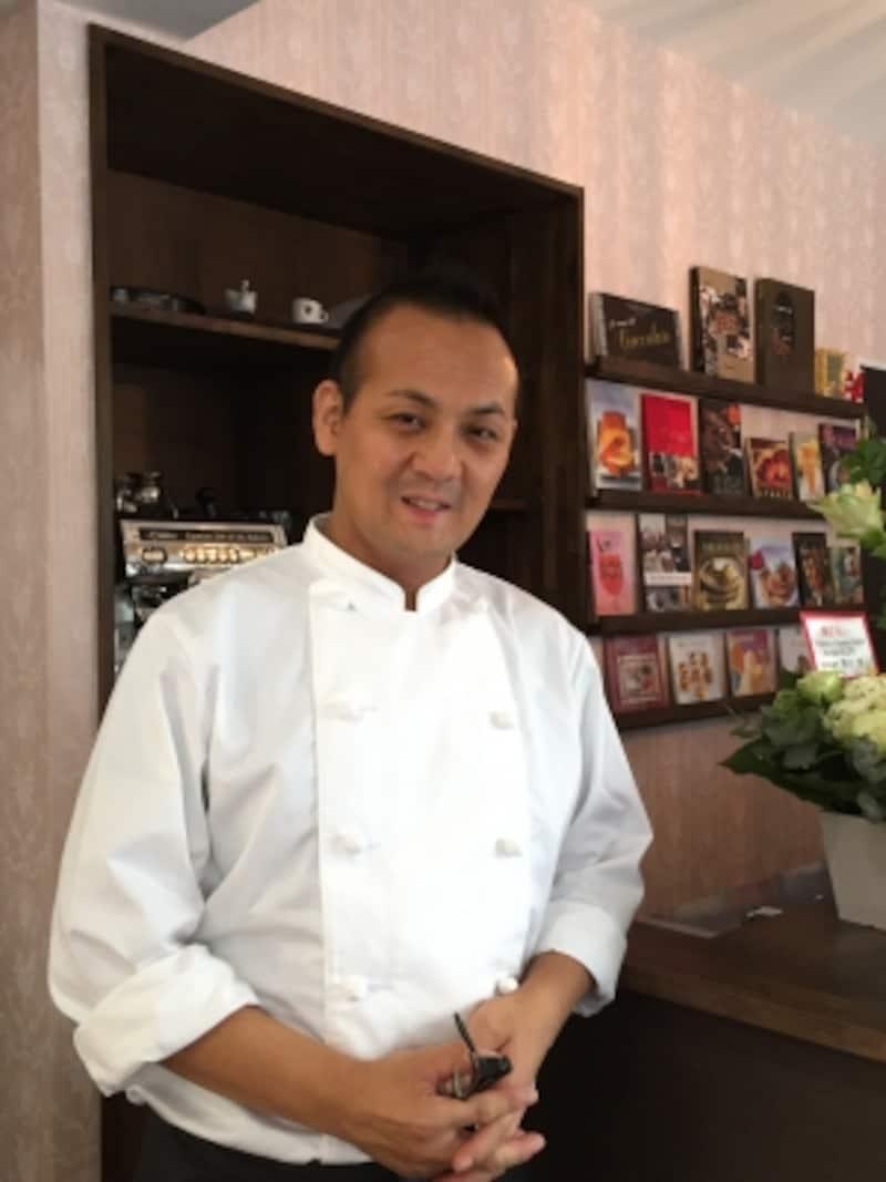 「ラトリエモトゾー」のオーナー藤田統三シェフ