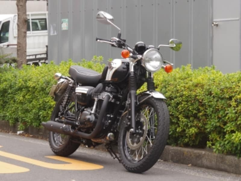 カワサキのW800なんかはJ・OやFREEDOMに似合うと思う!
