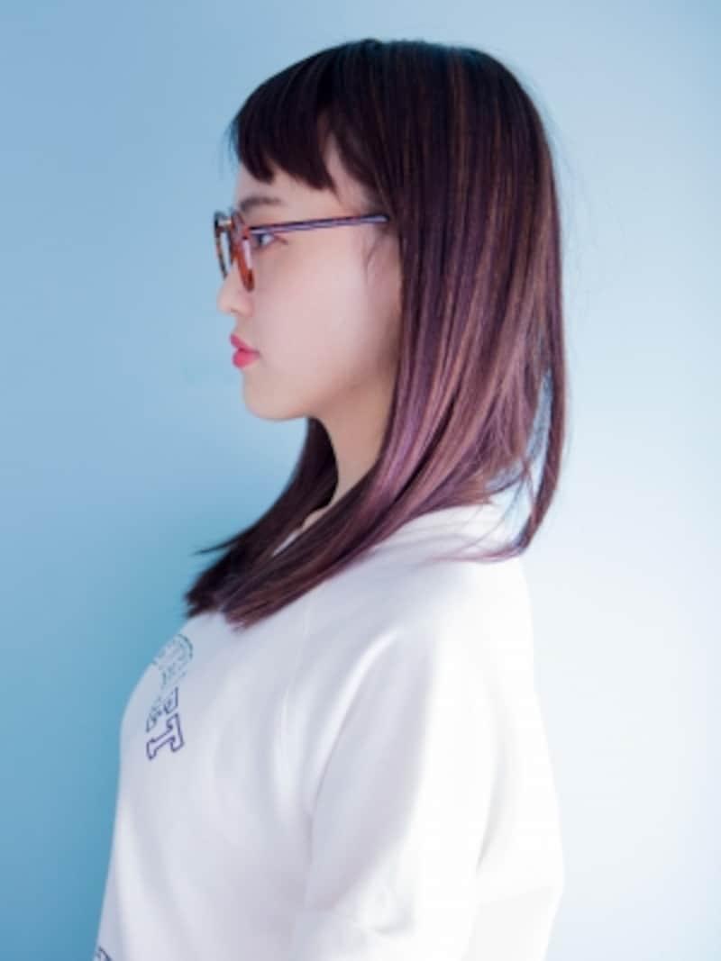 眼鏡女子に似合うセミロング