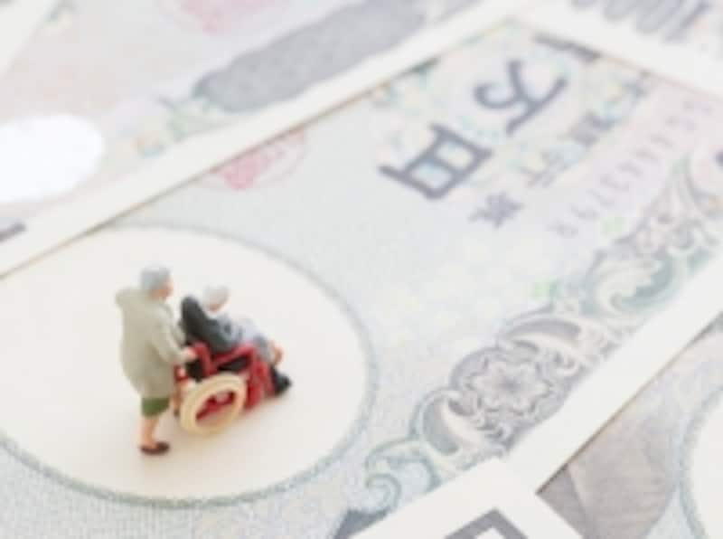 男女ともに平均寿命が80歳を超える、「長生き時代」に適した保険とは?