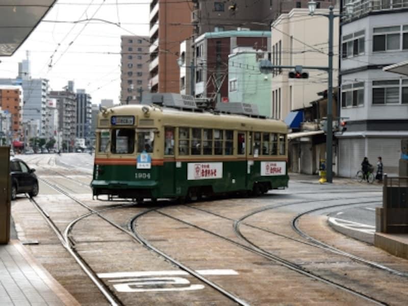 広島市内を走る路面電車(広島電鉄)
