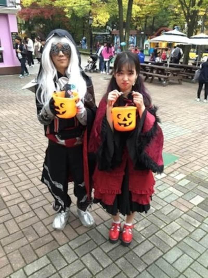 遊園地のハロウィンイベントなどでは、オシャレに仮装する人たちで賑わいます(c)DAEGU,E-world