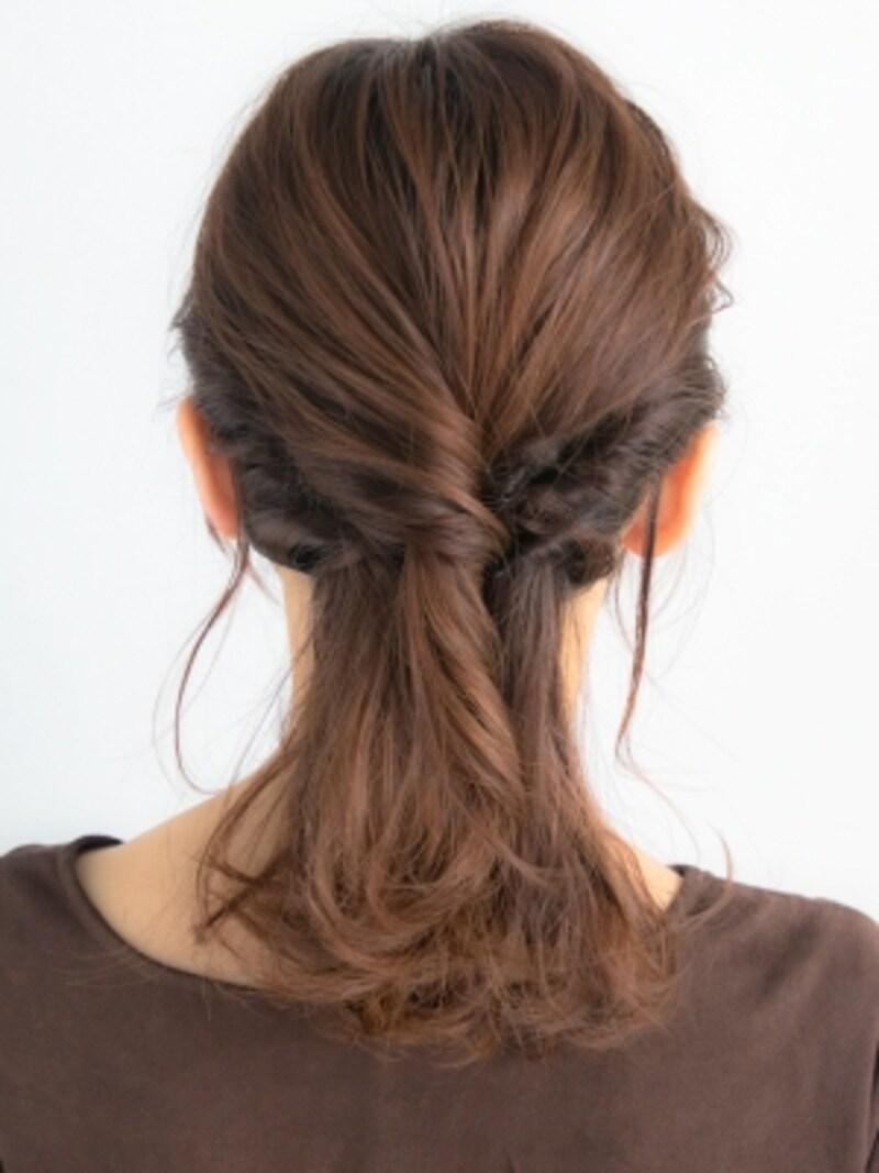 伸ばしかけヘアをおしゃれに乗り切る簡単ヘアアレンジ
