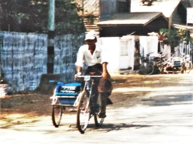 昔ながらの素朴な移動手段、サイカー。ちょっと疲れたらすぐ乗れる、気軽な乗り物