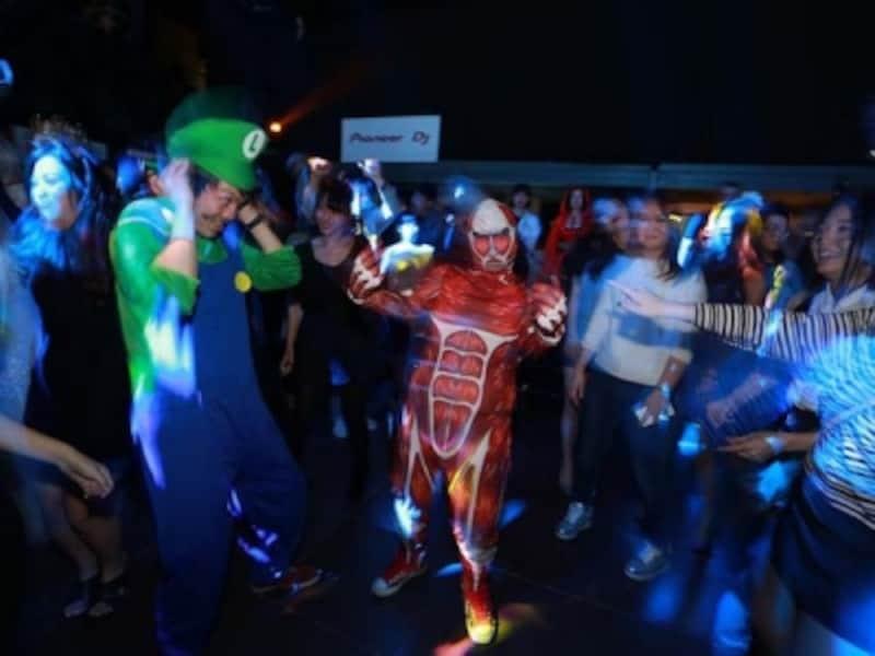 芸能人や業界人が集まることでも有名!中国で最もホットなハロウィンパーティ@YENFetish?HalloweenParty(C)O2culture(凹凸文化)