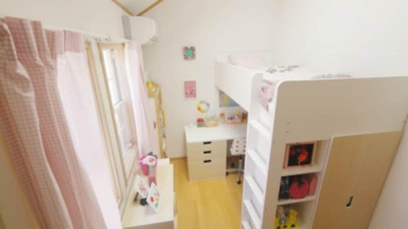 子ども部屋のロフトベッド