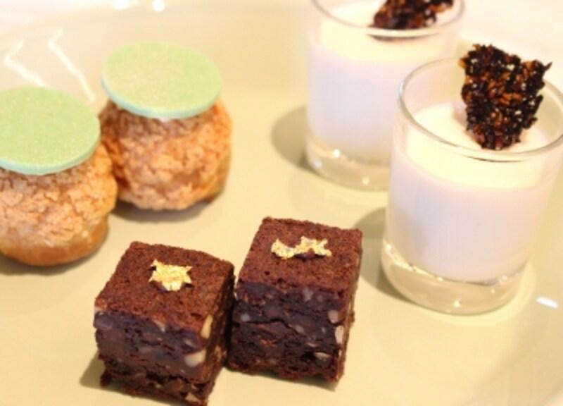 甘さも抑えながらしっとり、ナッツがふんだんに入ったダブルチョコレートブラウニーなど3種のスイーツ
