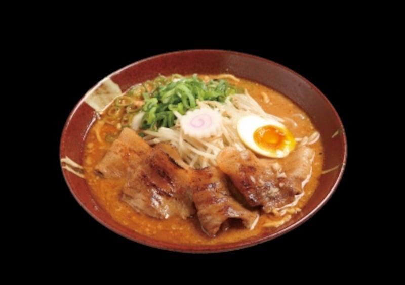 【石川】濃厚味噌「炎・炙」肉盛そば~献上加賀味噌バージョン~(金沢麺達兼六会)