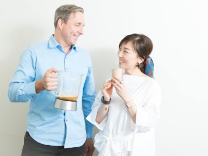 デイヴ・アスプリー氏と、ダイエットガイド和田清香