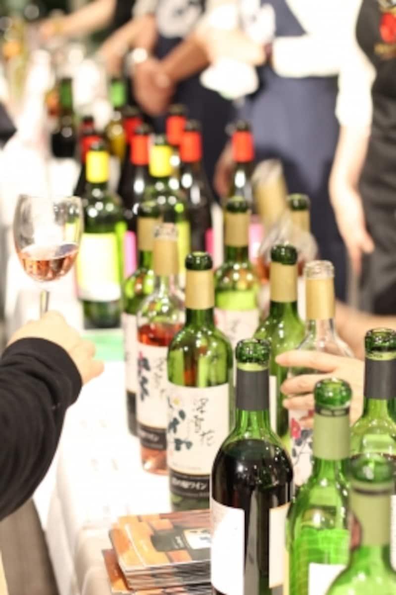 国産ワインもいろいろ!もちろん試飲できます