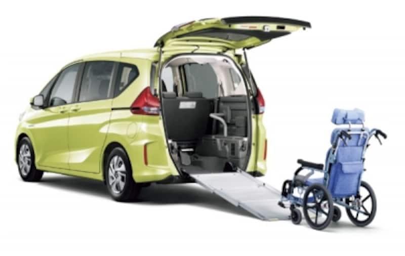 フリード+HYBRIDG車いす仕様車(シトロンドロップ)
