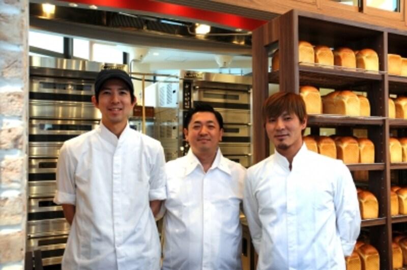 左から中島徹さん、飯田卓也さん、榎本哲さん