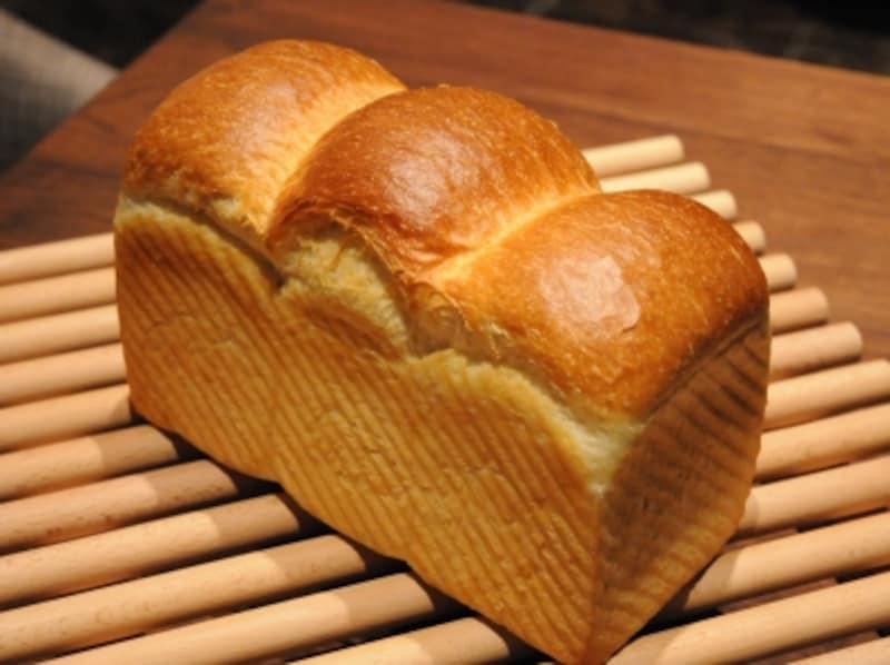 山型の食パン