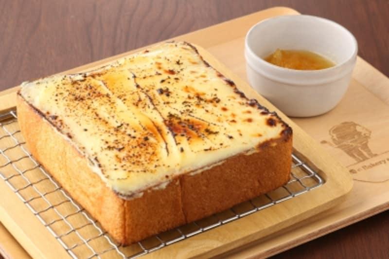 クリームチーズのトーストundefined俺のフレンチ風
